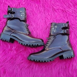 NWOT MIA Perry Cordovan Burgundy boots